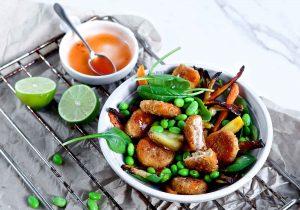 Bowl mit Ofengemüse und Quorn Dippers