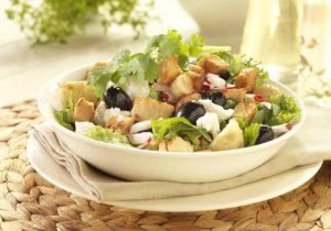 Salat mit Quorn nach griechischer Art