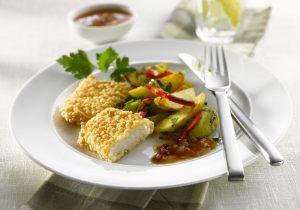 Seelachs mit Kartoffel-Paprikasalat und Aprikosendressing_big