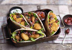 Kebab-Taschen gefüllt mit QUORN™ vegane Nuggets